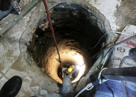 سقوط مقنی ۶۰ ساله در چاه