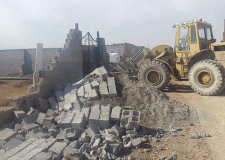 تخریب ساخت و سازهای غیرمجاز در منطقه ۴ کرج