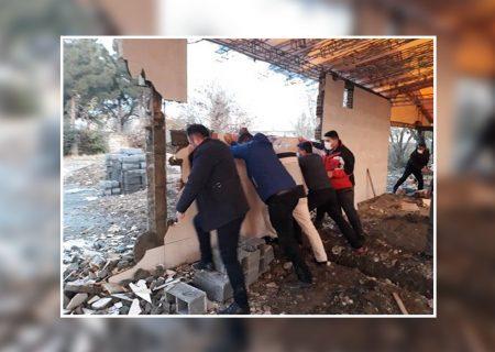 ۴ ملک تجاری غیرمجاز در بلوار هوشیار کرج جمع آوری شد